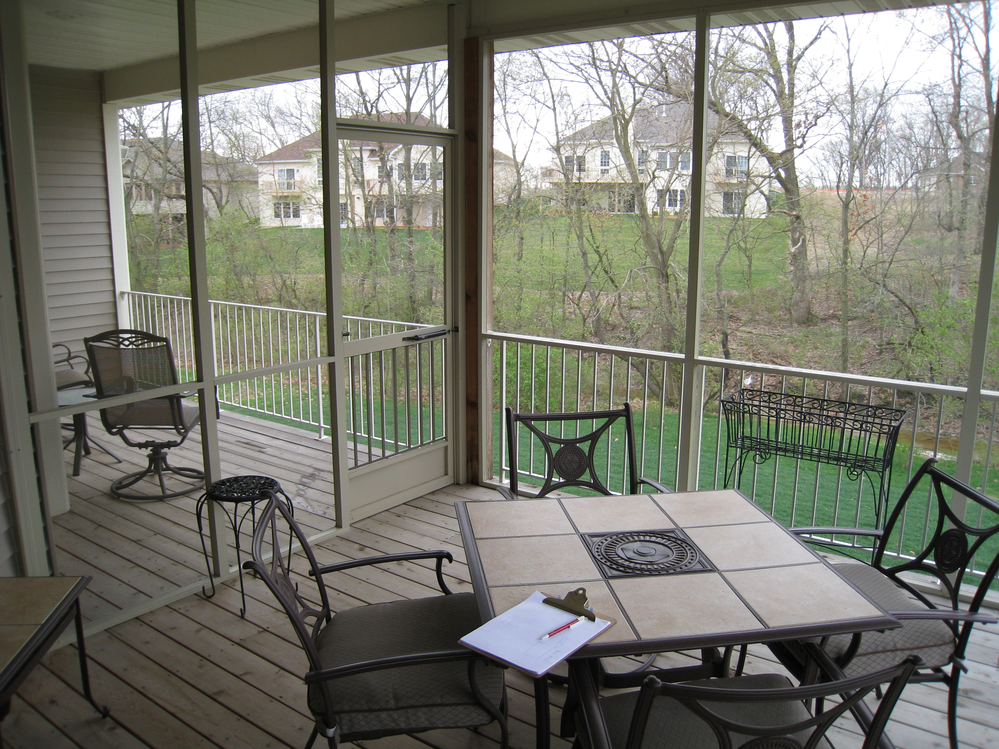 four seasons sunrooms » of northwest indiana | screened room